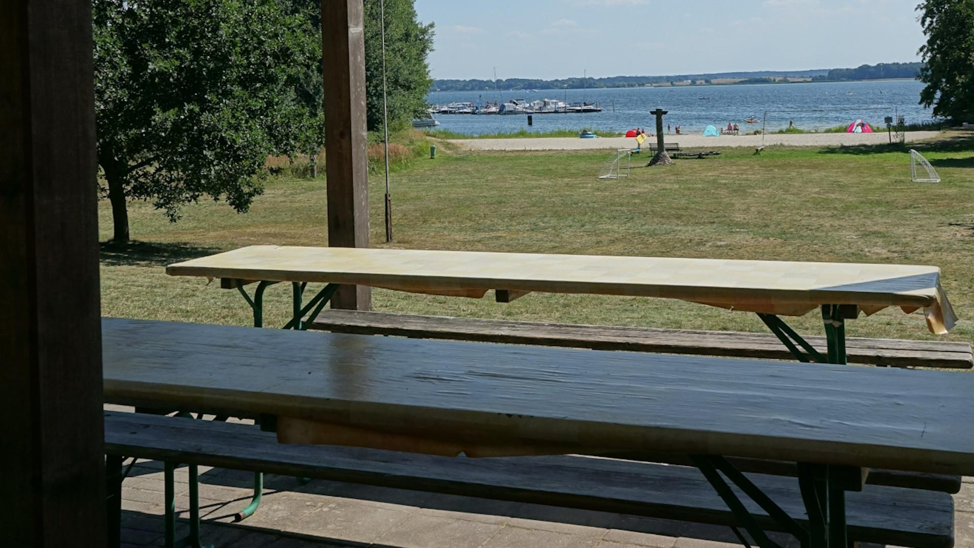 Blick auf Flesensee vom Grillplatz